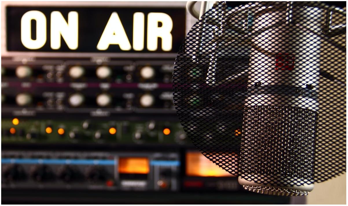 Lavorare in radio: ruoli, requisiti e come iniziare