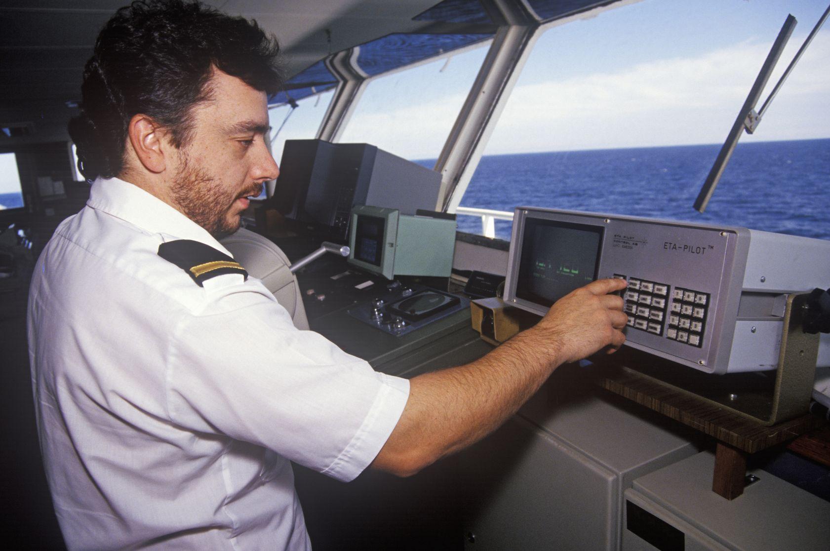 Comandante navale