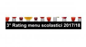 Troppi cibi lavorati e carne rossa: cosa mangiano gli studenti italiani in mensa?