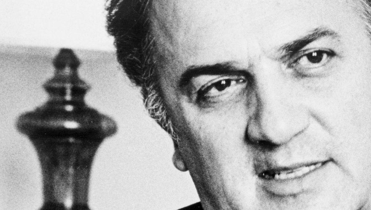 Fellinicraft: premi per scuole da 3.000 euro per i 100 anni di Fellini